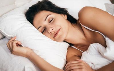 Мелатонин поддерживает цикл сна и бодрствования